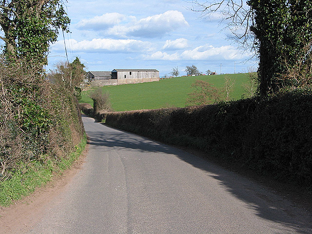 Country road to Llangarron from Welsh Newton