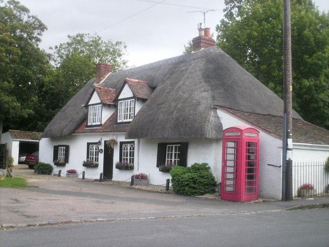 House in village centre, Brightwell-cum-Sotwell
