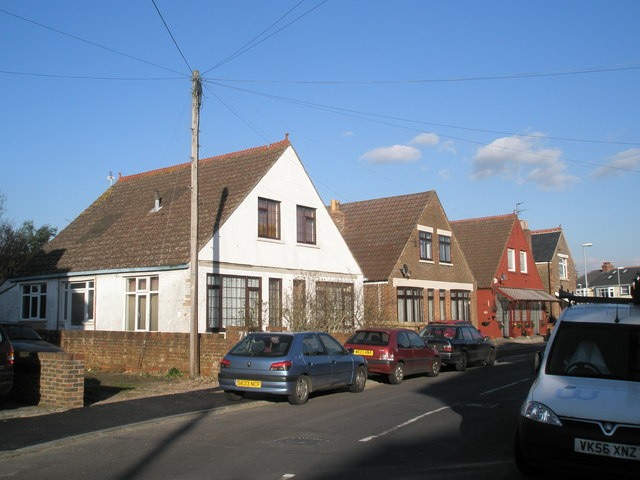 Similar homes at eastern end of Knowlsley Road, Cosham