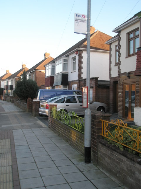 Bus stop in Old Manor Way