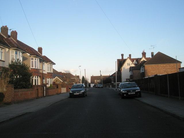 Braemar Avenue