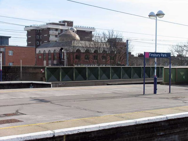 Mosque from Finsbury Park Station