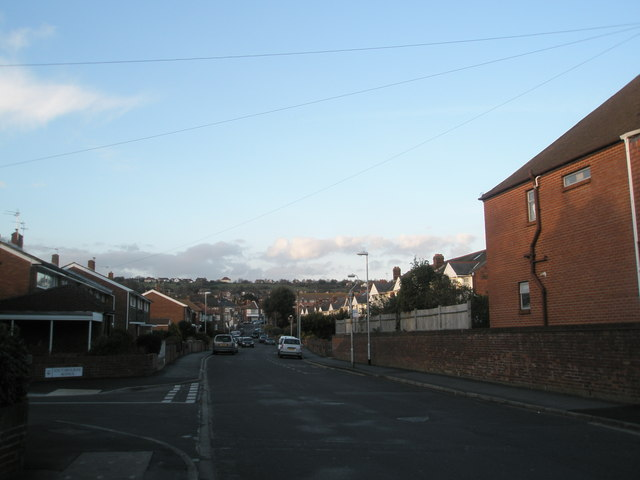 Junction of Southbourne Avenue and Lower Drayton Lane