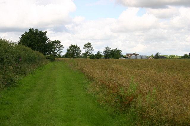 Approaching Grange Farm Godington