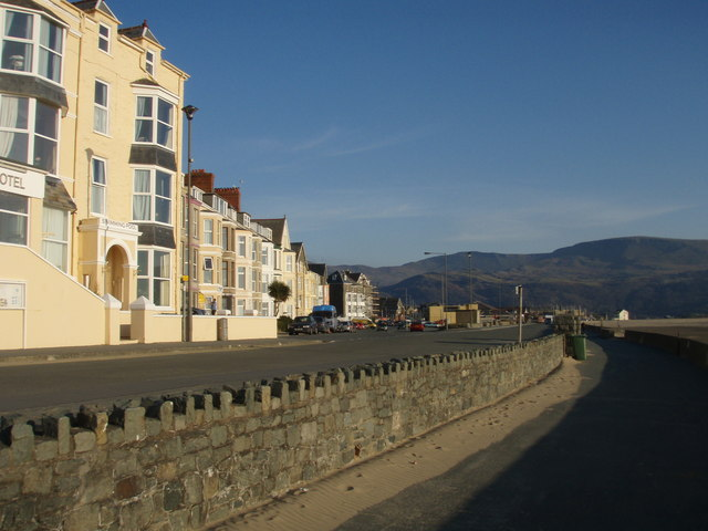 View down Marine Parade from the Arbour Hotel