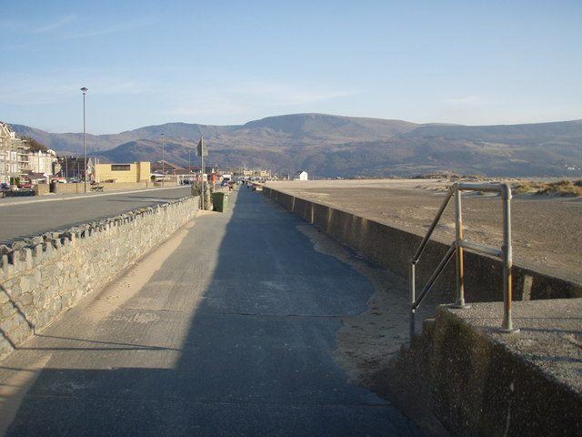 View down the prom to the Bath House