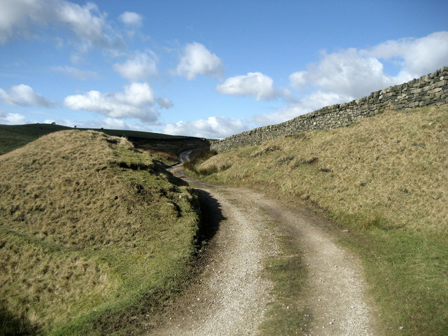 Track leading from Black Pots