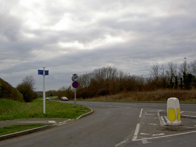Junction onto Ashby Road near the airport