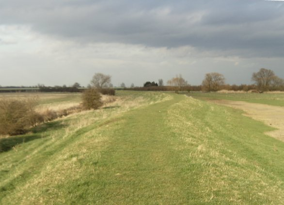 Ouse Valley Way south of Bluntisham