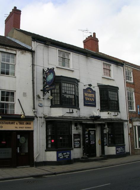 The White Swan - Bridge Street