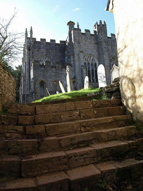 Steps into churchyard, Marldon
