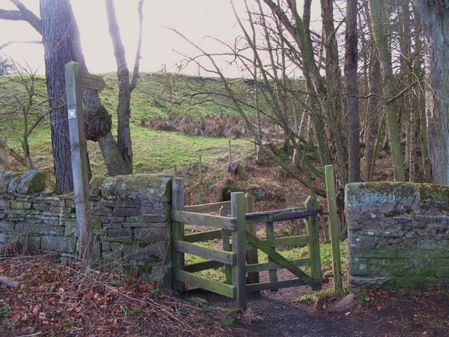 Kissing gate on the path to Oakpool