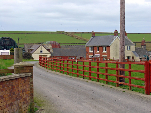 Ffynnoncyff Farm, Y Ferwig