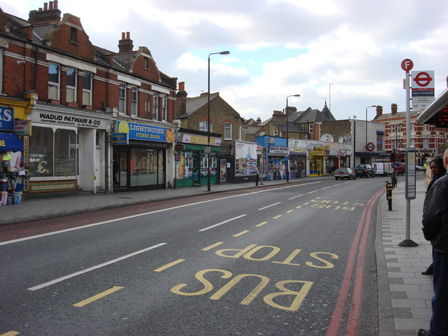 A214 Tooting Bec Road