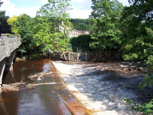 June 2007 - River Don Weir at Oughtibridge following the flood.