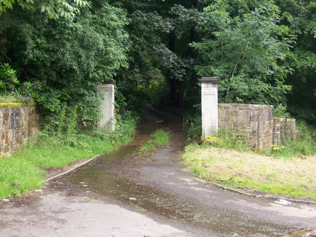 Gate Posts leading to Middlewood Hall, near Oughtibridge