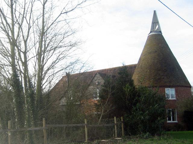 Ponds Farm Oast, Biddenden Road, Frittenden, Kent