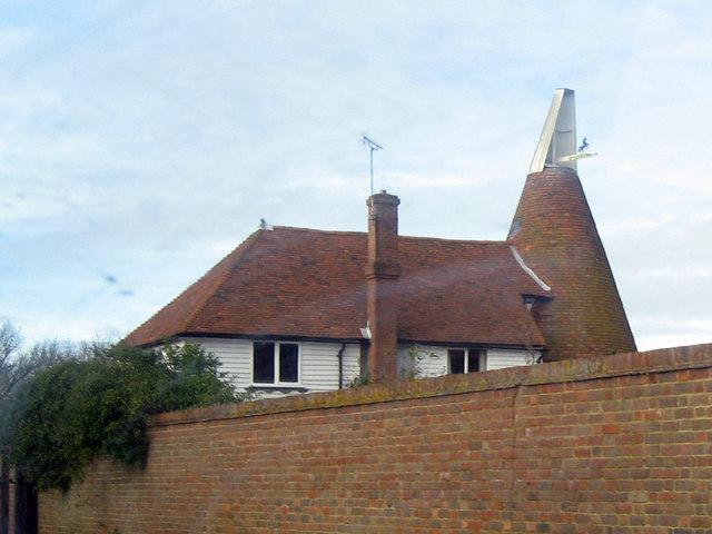 Peasridge Oast, Bubhurst Lane, Frittenden, Kent