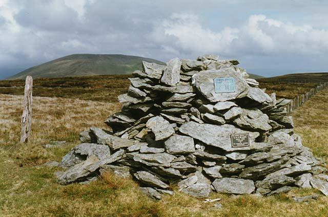 The summit of Tarren Cwm Ffernol