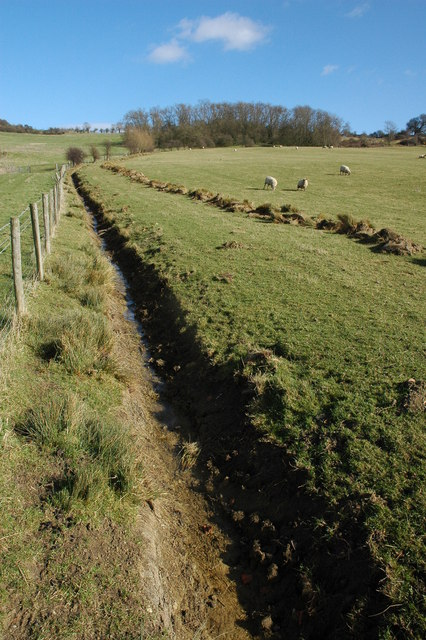 Newly dug ditch, Oxenton