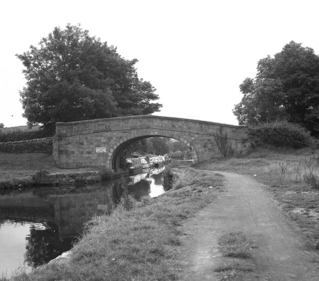 Wanless Bridge 145, Leeds and Liverpool Canal