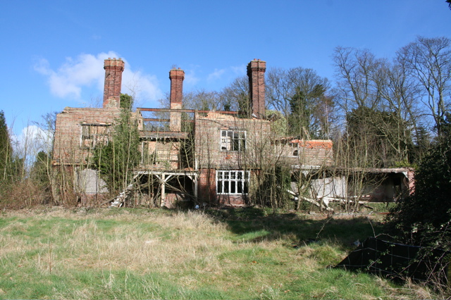 Uplands, a house in decay