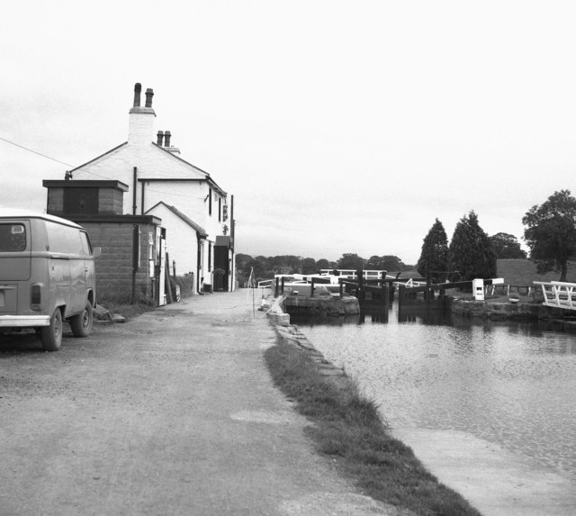 Barrowford Top Lock No 45, Leeds and Liverpool Canal