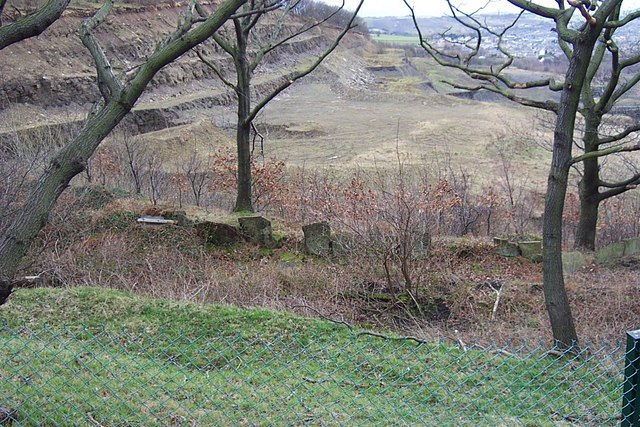 Strangstry Quarry Track with Edge Stones
