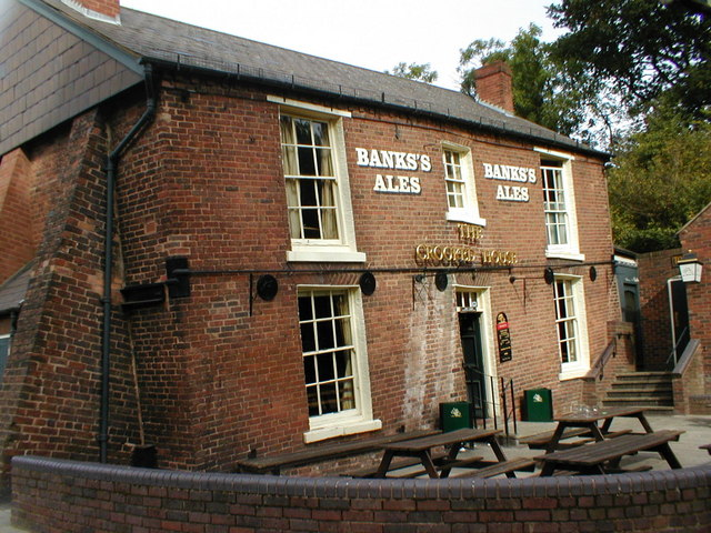 It was 'The Glynne Arms', it's now 'The Crooked House'.