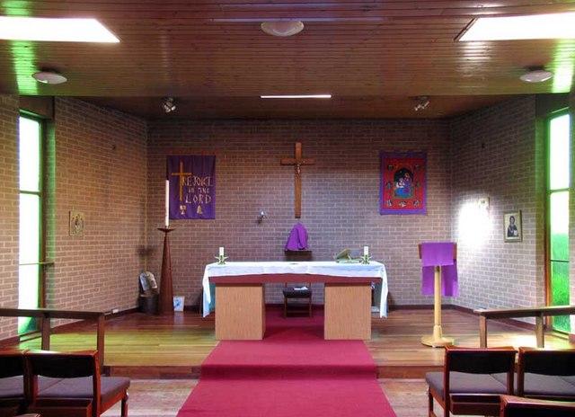 St Richard, Sussex Crescent, Northolt, UB5 4DR - Chancel