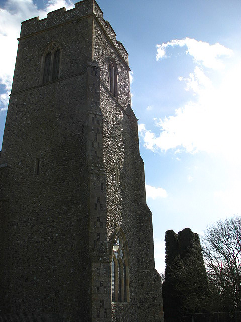 St Mary's and the ruined church of St Margaret's