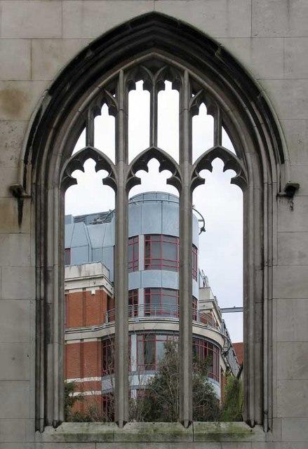 St Dunstan in the East, St Dunstan's Hill, London EC4 - Window