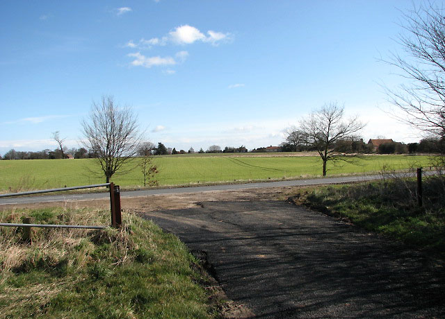Farm track joins the A149