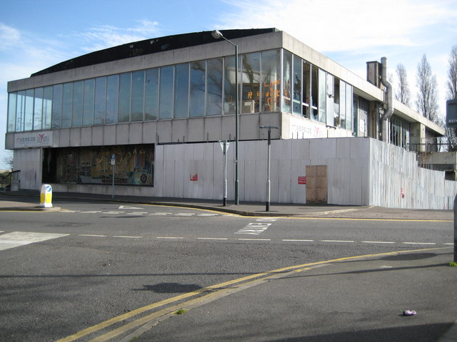 Erith: Former Riverside Swimming Pool (2)