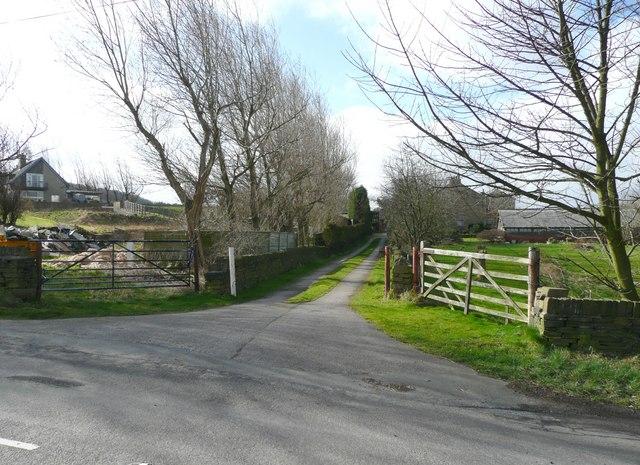 Drive to Lower Moor Hey Farm, Pinfold Lane, Fixby