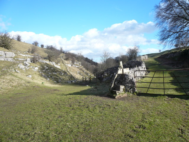 Lathkill Dale Footpath - Parting of the Ways