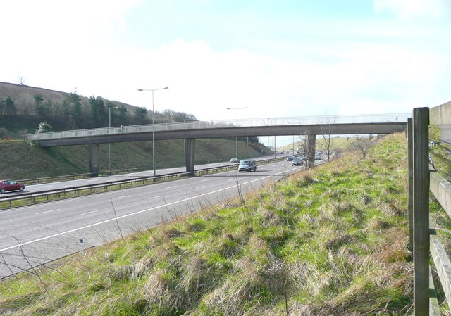 Footbridge over the M62, Pinfold Lane, Fixby