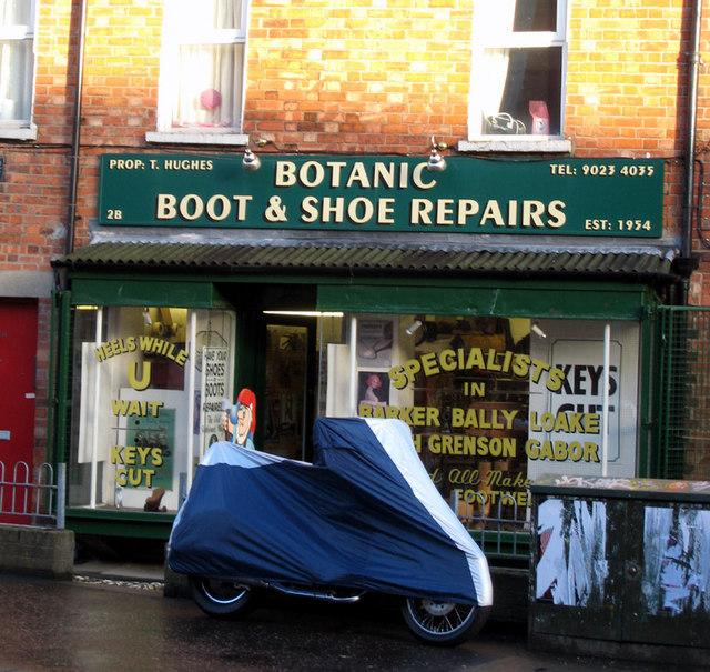 Shoe Repairs Near Normanby