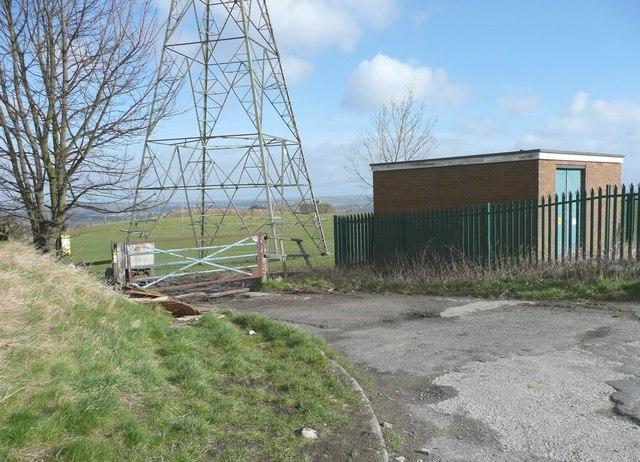 Entrance to former quarry, Dewsbury Road, Rastrick