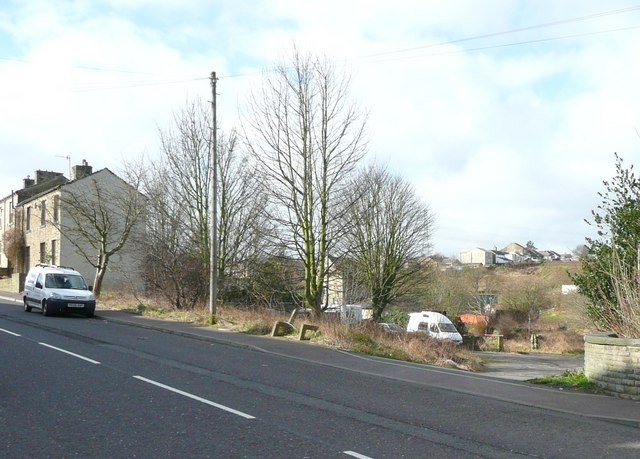 Entrance to cricket ground, New Hey Road, Rastrick