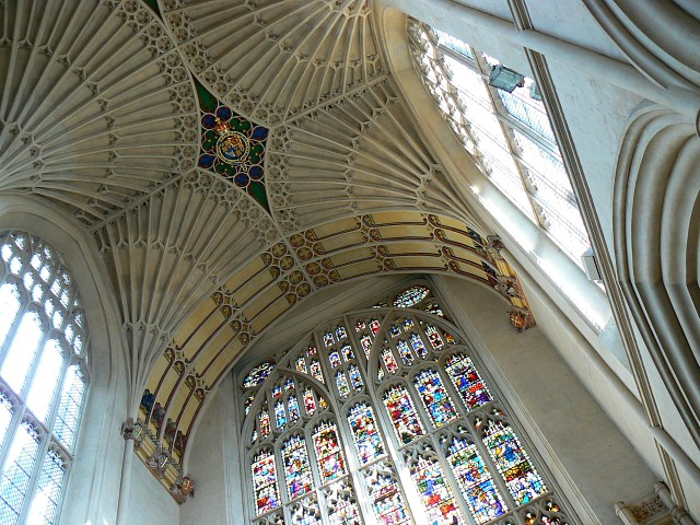Bath Abbey, ceiling and stained glass