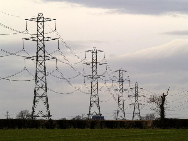 Pylons east of Bilton
