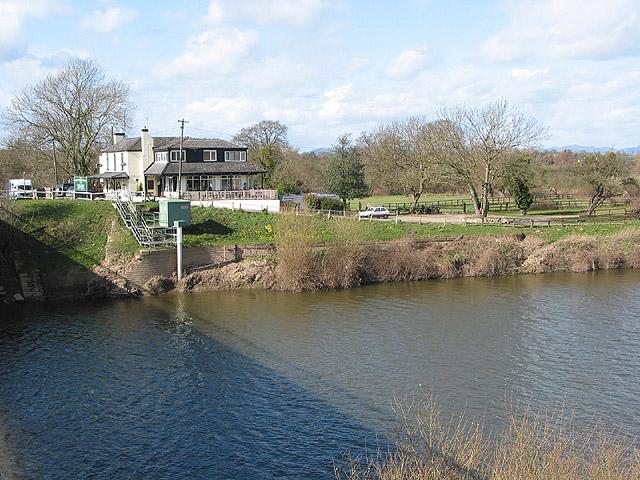 Riverside Inn by the Severn