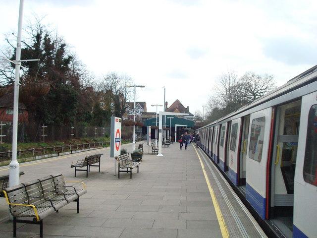 Southfields Underground Station