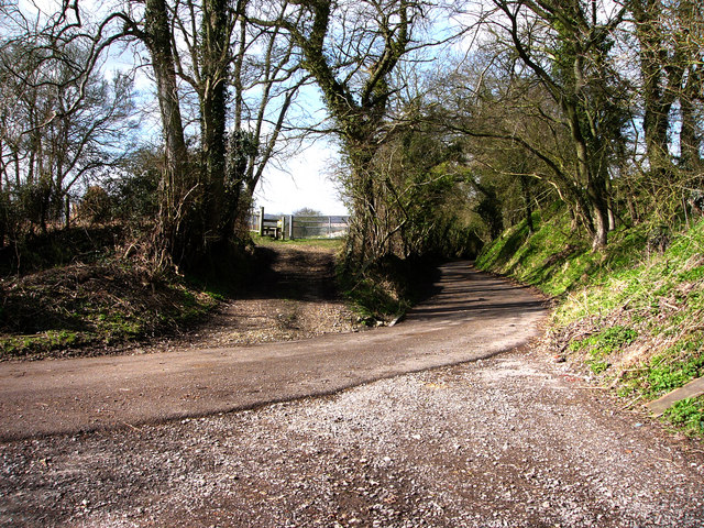 Bend In road at Frogmore