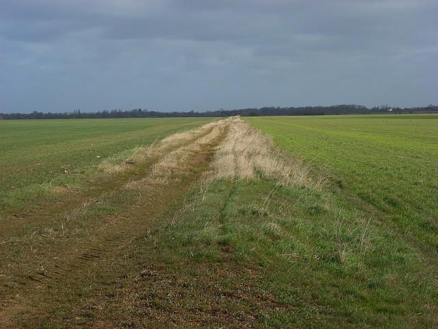 Former runway, RAF Mount Farm