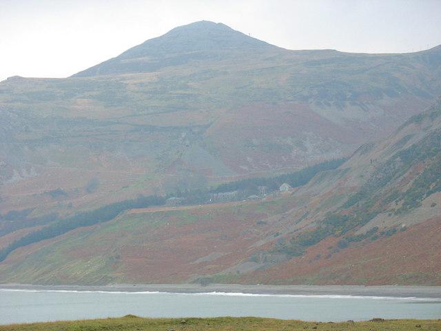 Porth y Nant village and Mynydd y Gwaith