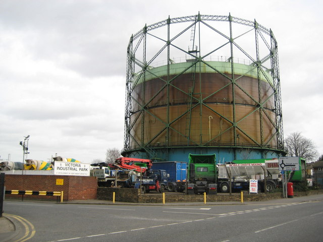 Dartford: Victoria Road gasometer