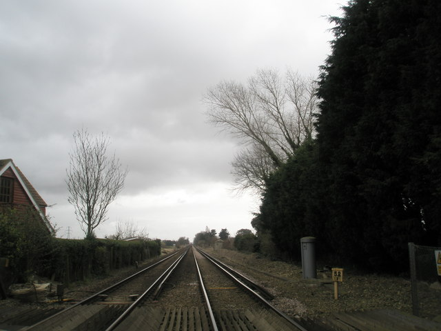 Looking towards Bosham Railway Station from Mudberry Lane