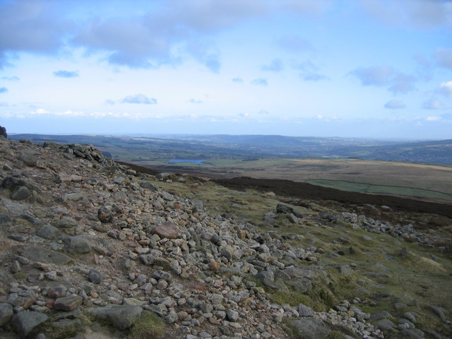 Looking SE from Beamsley Beacon